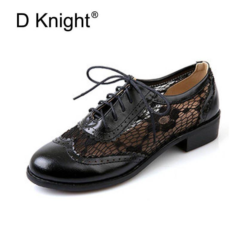 079323856 Compre Moda Rodada Toe Lace Oxford Sapatos Para As Mulheres Do Vintage  Esculpido Lace Up Mulheres Planas Oxfords Tamanho Grande 34 43 Brogue  Sapatos Oxford ...