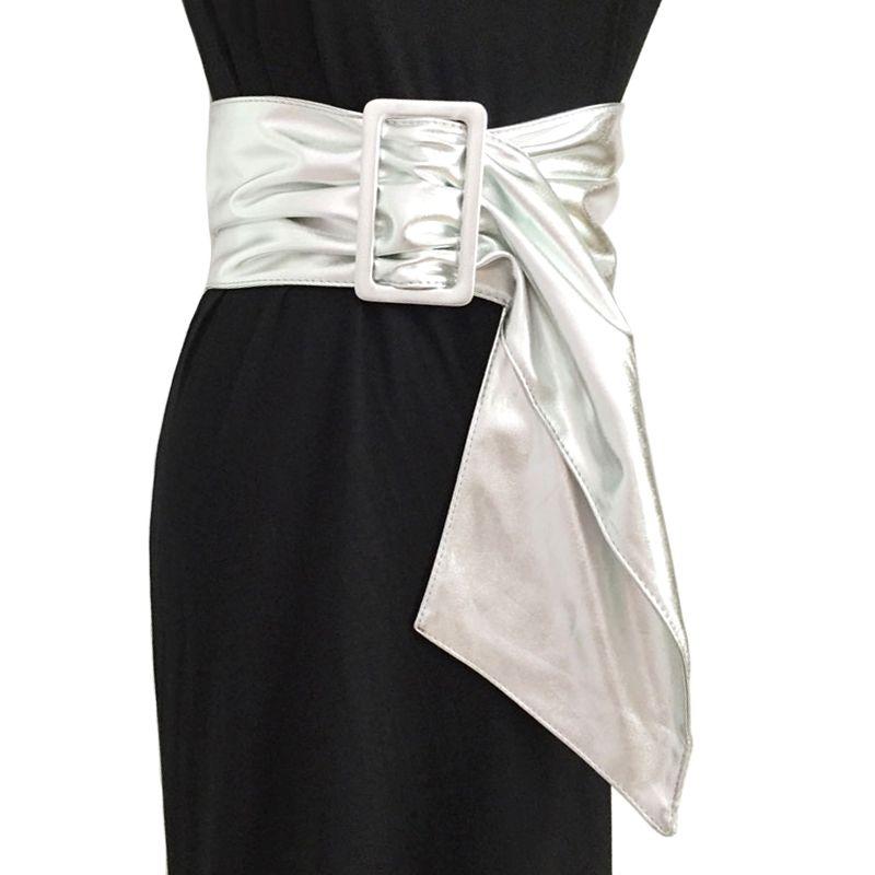 Compre Diseño De La Marca De Oro Plata Arco Cinturones Anchos Para Mujeres  Cinturón De Asimetría De Cuero Negro Accesorios De Ropa De Mujer Moda  Coreana A ... 172de59a9376