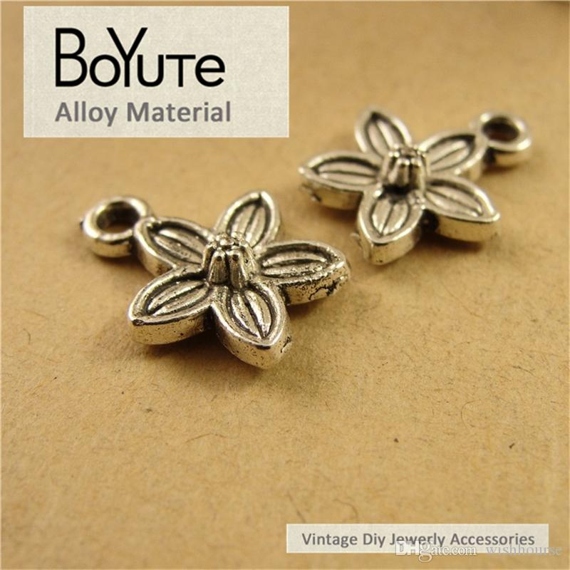 BoYuTe  Antique Silver Plated Metal Alloy Flower Charms for Bracelets Jewelry Finding Components Accessories Diy Hand Made