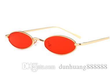 Compre 2018 Pequeno Oval Estreito Óculos De Sol Das Mulheres Dos Homens  Marca Designer Roxo Lente Vermelha 90 S Óculos De Sol Do Vintage Retro  Shades De ... 3702296e39