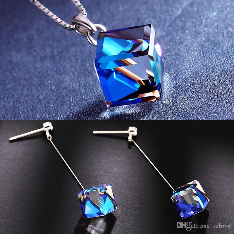 Ladies Magic Square Crystal Necklace Earrings Set Austrian Crystal Short Necklace Aurora Sugar Chain Blue light