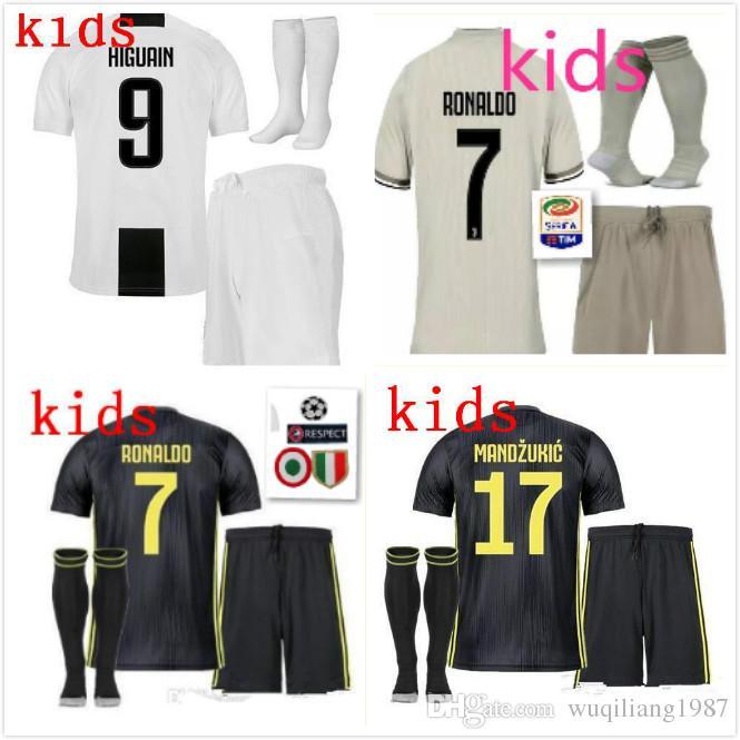 18 19 Juventus RONALDO Kids Kit 2018 EMRE CAN HIGUAIN Juve Boy Kids ... 796c3fdf2