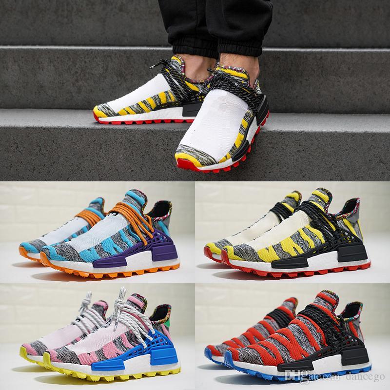70d4c3954 Nuevos Hombres De Colores Human Race Zapatillas De Deporte De Otoño Pharrell  Williams Diseñador 2019 Originales Mujeres Moda Trail Zapatos Con Caja  Tamaño ...
