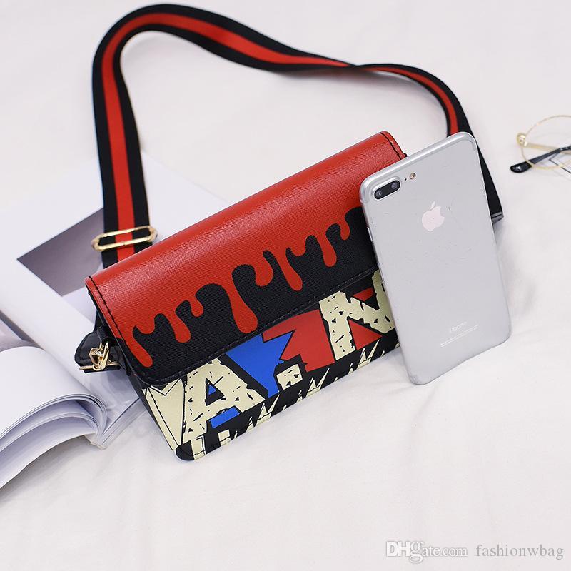 Fabrika doğrudan Güney Kore graffiti kişilik parti çantası moda hit renk harfler omuz Messenger çanta çanta