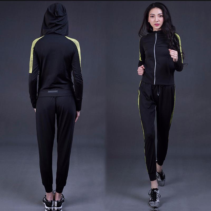 6991ec2d258bf 2019 Hot Selling 2018 Women Yoga Suits Long Sleeve Jacket   Bra   Long  Pants Elastic Waist Shorts Breathable Running Sports Set From Vanesse