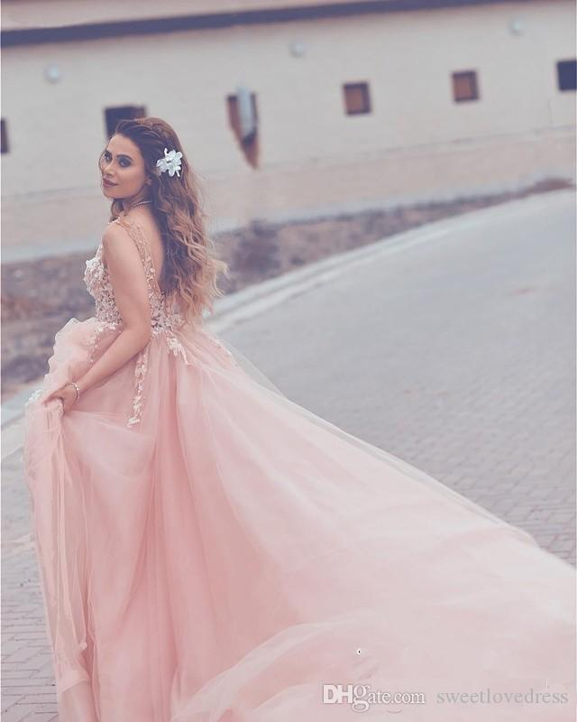 2018 Gorgeous Light Pink Flora Flowers Arabic Quinceanera Dresses Sleeveless Lace Appliqued Tulle Prom Party Gowns Formal Evening Wears