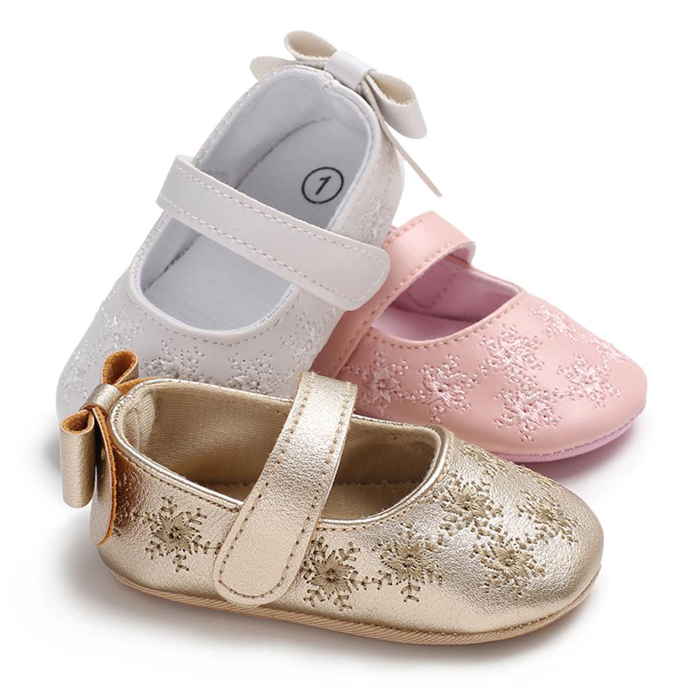69bdfc7e5c70 Cute Baby Girls Shoes PU Leather Soft Sole Non-Slip Prewalker Bowkont  Embroider Princess Shoes for 0-18Months White/pink/gold