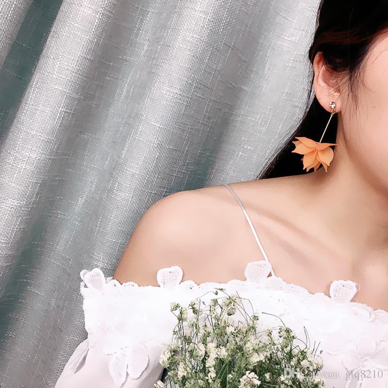 Nouveaux boucles d'oreilles de fleurs de résine Sexy Fleurs longues Pendentif Tassel Stud Charm Boucle d'oreilles Bijoux Femmes Femmes Prix /