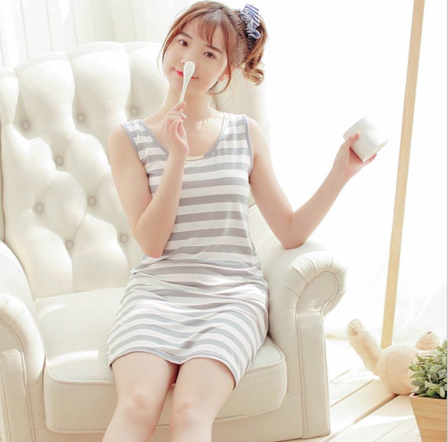 Factory Outlets tragen lose Nachtwäsche Frauen Sleeveless Spandex Nachtwäsche Breathable Striped Nachthemd Cosy Weste Mode Kleid