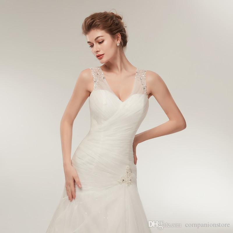 Elegante vestido de novia de tul con escote en V profundo con lentejuelas transparentes de cristal Tanque sin espalda con cordones tren de cola Cola de pescado sirena Robe de mariee