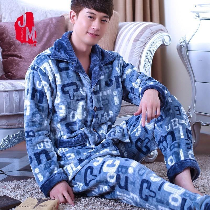 b2851a4d71 2019 2018 Men Pajama Sets Coral Fleece Winter Thick Autumn Men Sleepwear  Suit Long Sleeve Letter Pijama Man Homewear Pyjama Male XXXL From Cyril03