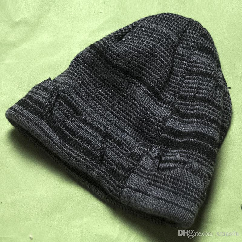 6pcs DHL In stock Jughead Jones Riverdale Cosplay Beanie Hat Hot Topic Exclusive Crown Knitted Cap Free Shipping