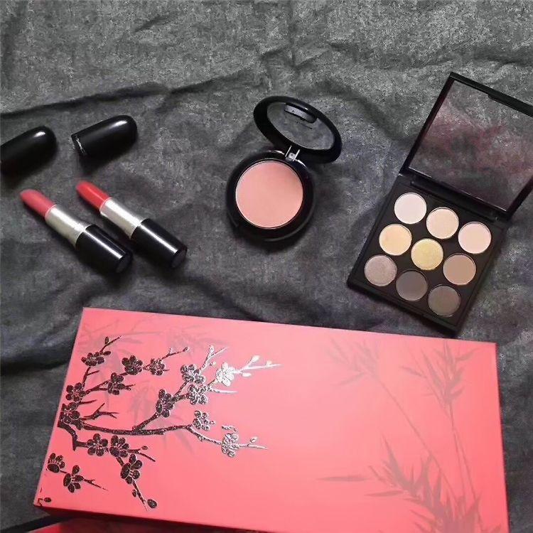 2018 M Brand Professional Cosmetic Makeup Set lipsticck + eyeshafow+fix powder kits