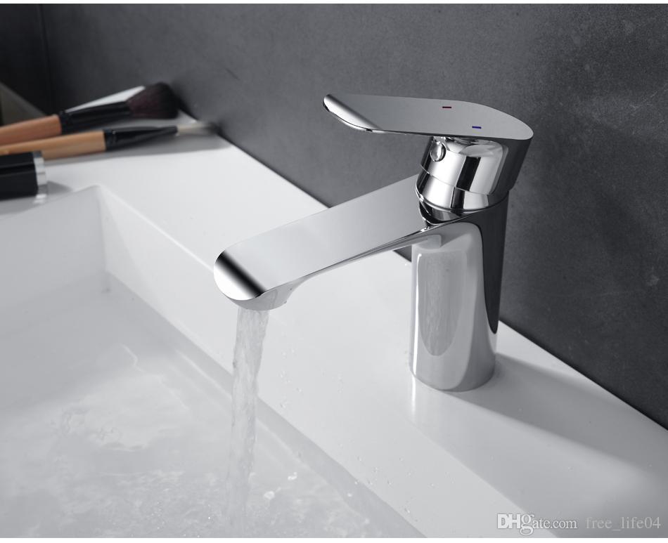 2018 Bathroom Faucet Deck Mounted Basin Mixer Faucet Chrome Sink Tap ...