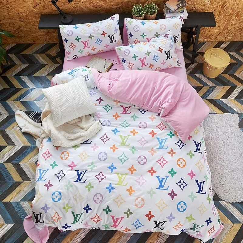 Großhandel Brand Design Letter V Bettwäsche Set Klassische Bettlaken