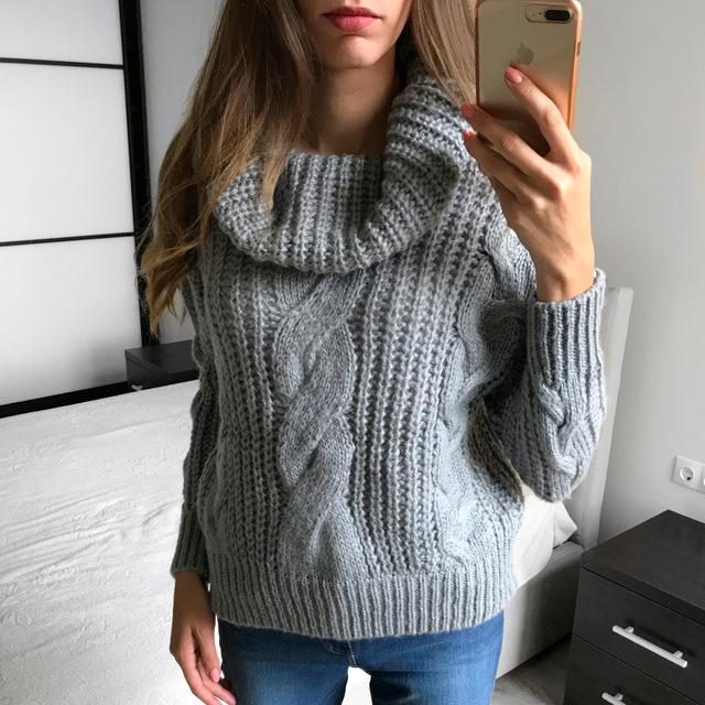 Korea Ladies Winter Sweaters and Pullovers Turtleneck Oversized Sweaters Women Solid Loose Thick Warm Knitted Sweater Pull Femme
