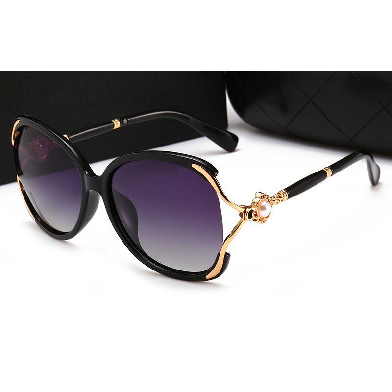Compre 2018 Hot Lady Designer De Marca De Luxo Óculos De Sol Mulheres Moda  Pré Fabricada Com Caixa De Óculos De Sol Polarizados Para Mulheres UV400 De  ... 5b68885d0a