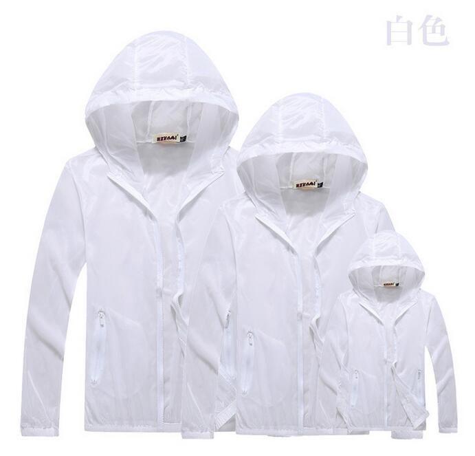 Trasporto libero 2018 all'aperto vestiti del vento supera le giacche anti-UV della pelle di Sunblock della prova di idrorepellenza delle donne degli uomini