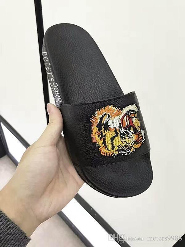 Moda cabeça de tigre bordado sandálias de Slides homens mulheres estilos de rua causal flats chinelos de borracha da praia flip flops