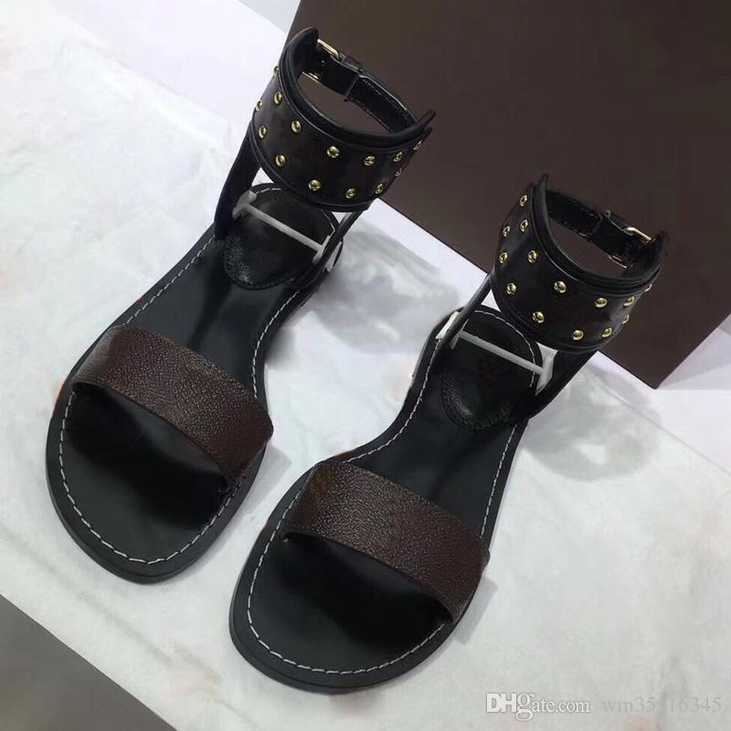 Date Marque Femmes chaussures de chaussures Imprimer En Cuir Sandale Frappant Gladiator Style Designer En Cuir Parfait Plat Toile Sandale Plaine Si