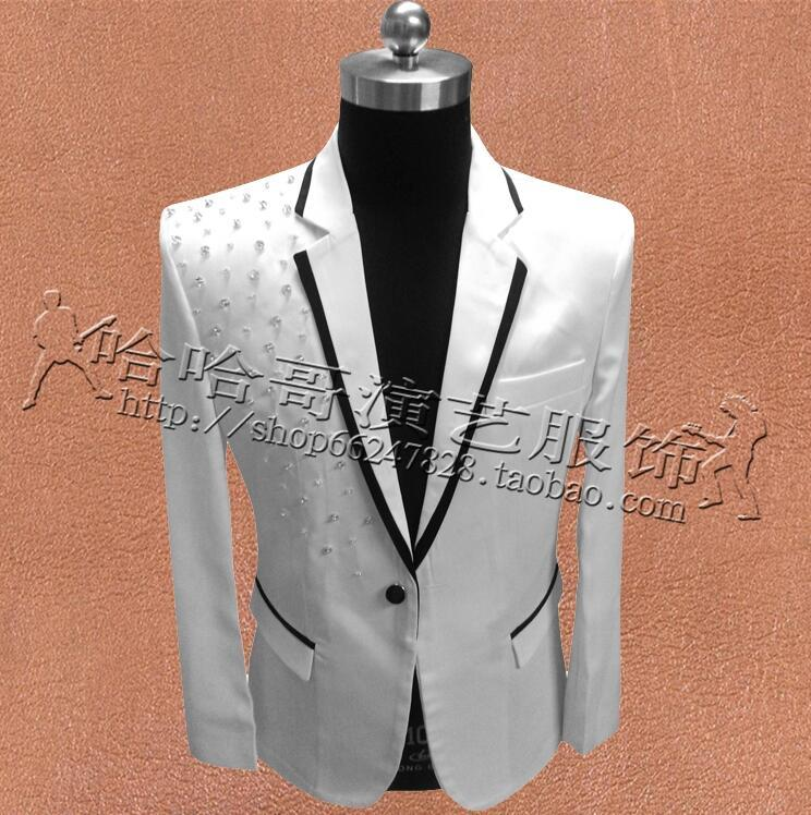 494f4d5c6 Compre Ropa Blanca Hombres Remaches Trajes Diseños Masculino Homme Trajes  Etapa Para Cantantes Chaqueta Hombres Blazer Dance Star Style Vestido Punk  A ...