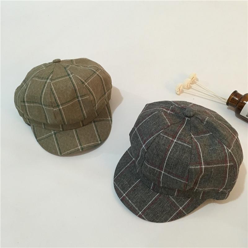 bf912c14ac4 2018 Autumn Unisex Beret Hats Adjustable Solid Flat Caps Gatsby Casquette  Gorras Casual Plaid Peaked Cap Newsboy Cabbie Hats Berets Cheap Berets 2018  Autumn ...