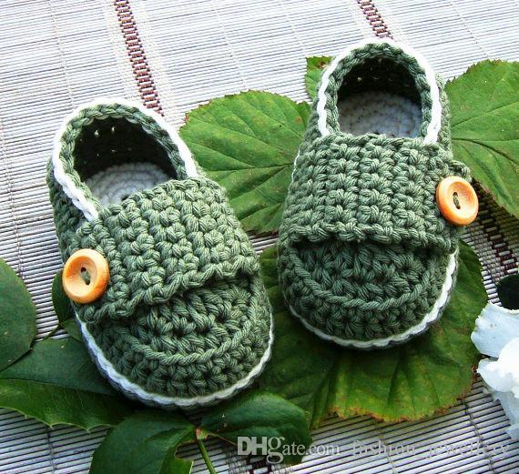 Baby Boy Booties, Newborn Shoes, pink Christening Shoes, handmade crochet Baby Shoes Newborn Photos size: 9cm11cm,13cm /