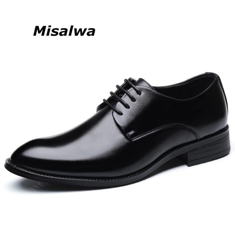 Compre Misalwa Clássico Dos Homens Sapatos De Couro Vestido De Derby Preto  Leve Wearable Sola Escova No Dedo Do Pé Lace Up Respirável Primavera Shoes  De ... 324e6abbceacc