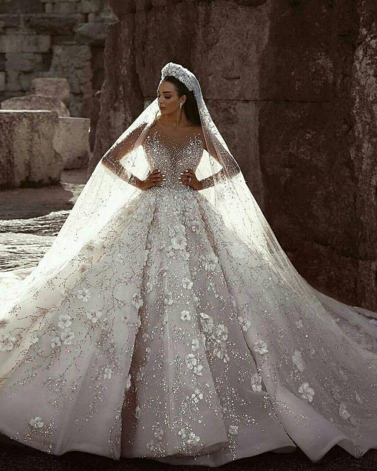 Robes de mariée de luxe robe de bal pure manches longues perles perles Tulle saoudien arabe Budai robes de mariée cathédrale train