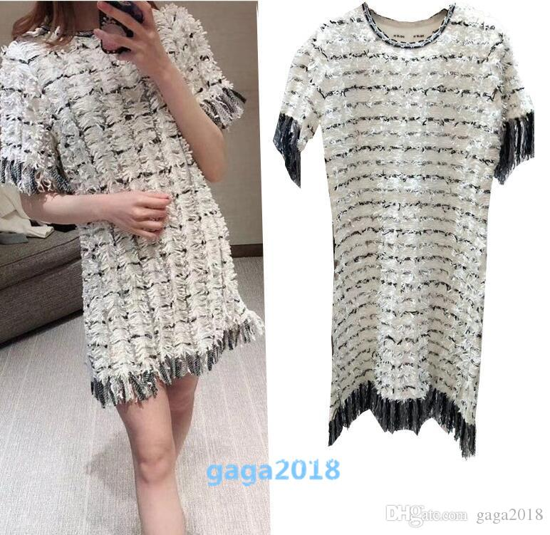 55442670ae0 2019 19ss Outwear Women S Jacquard Sweater Knitted Top Silm Tweed Dress  Sweater Short Sleeves Wool Knit Top Embroidered Wool Knit Dress Tassel From  Gaga2018 ...