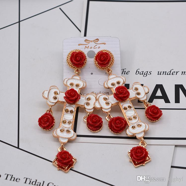 Baroque Retro Cross Pendant Tassel Long Big Earrings Metal Cross Earrings Female Fashion Brand Crystal Dangle Set Auger Eard