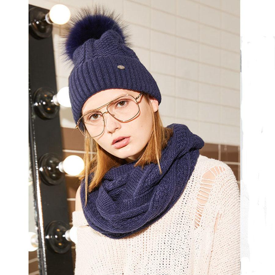 2019 2018 Winter Hat Scarf Set For Ladies Fox Fur Pompoms Womens Beanies  Knitted Ski Caps Ring Set Fashion Striped Skullie For Female From  Lbdfashion 53a39ce65
