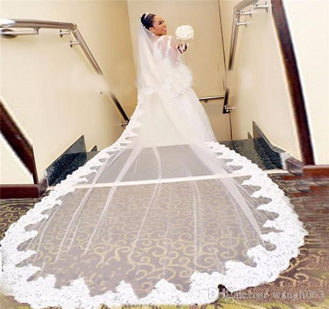 Lace Plus Size Wedding Dresses Ball Gown Sheer Neckline Appliques African Long Sleeves Wedding Dress Sweep Train Sexy Bridal Gowns