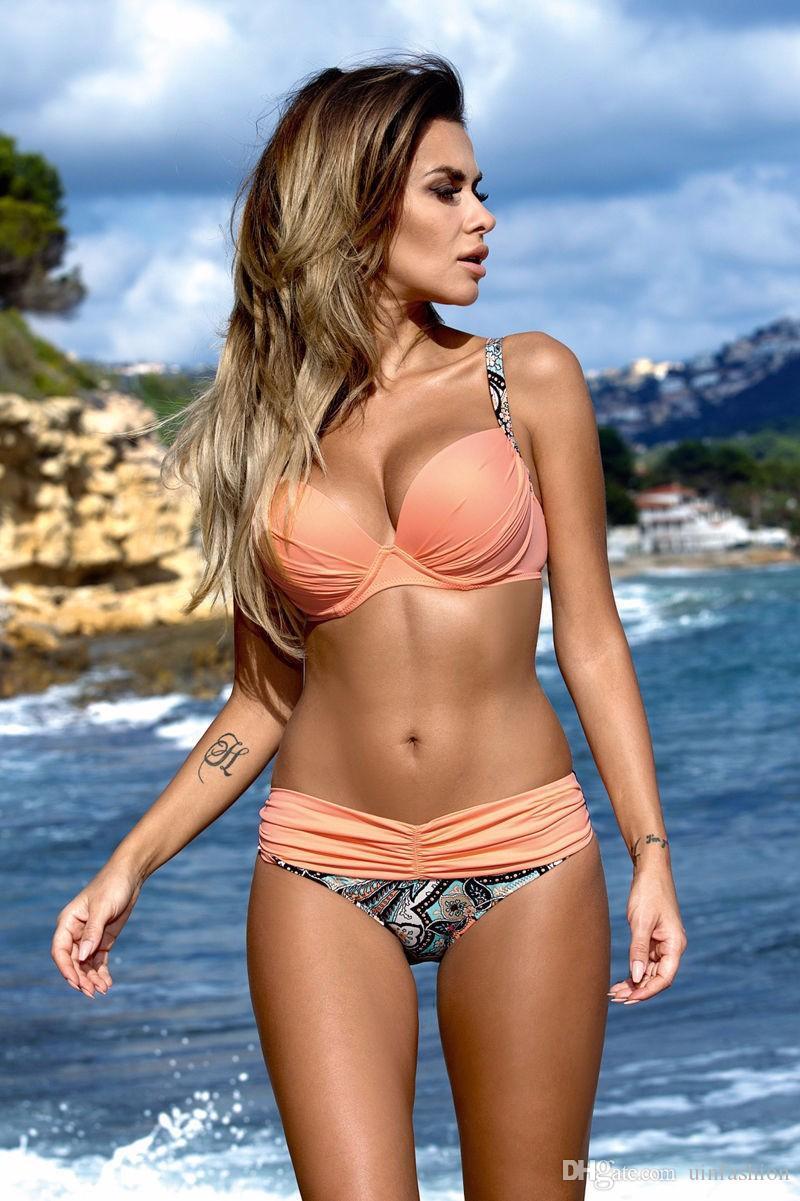 Buy Top 15 bikinis halter for summer pictures trends