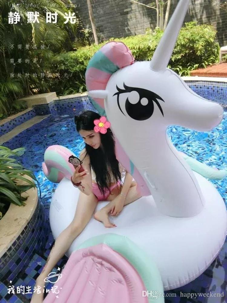 2018 New Inflatable Unicorn Giant Pool Floats 230cm Hot Colored Wing Pegasus / Horse Water Float Swimming Fun Toy For Adult And Kids