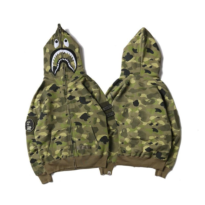85d8e1401471 2019 2017 Men S APE Clothing Cotton Long Sleeve Camouflage A Bathing A Aape  Sweater Off Men Women Casual Jackets White Shark Printing Ape Hoodie From  ...