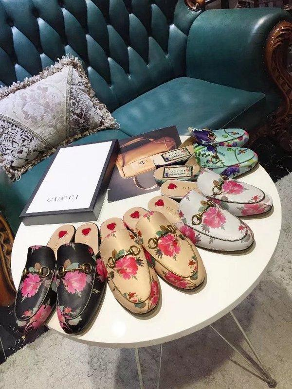 f77e5d708ae1 Top Quality Luxury Letter Printing Flowers Birds Metal Buckle Flip Flop  Shoes Genuine Leather Woman Casual Slippers Shoes 35 42 With Box Mens  Trainers ...