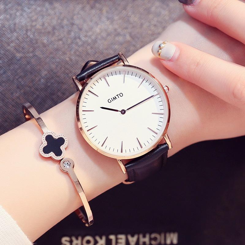 9917461ec2d Compre X Nova Moda Casual Ladys Assistir Homens Mulheres Famosa Marca  Pulseira De Couro De Ouro Relógios De Pulso Relojes 2018 Montre Homme  Relógio De Pulso ...