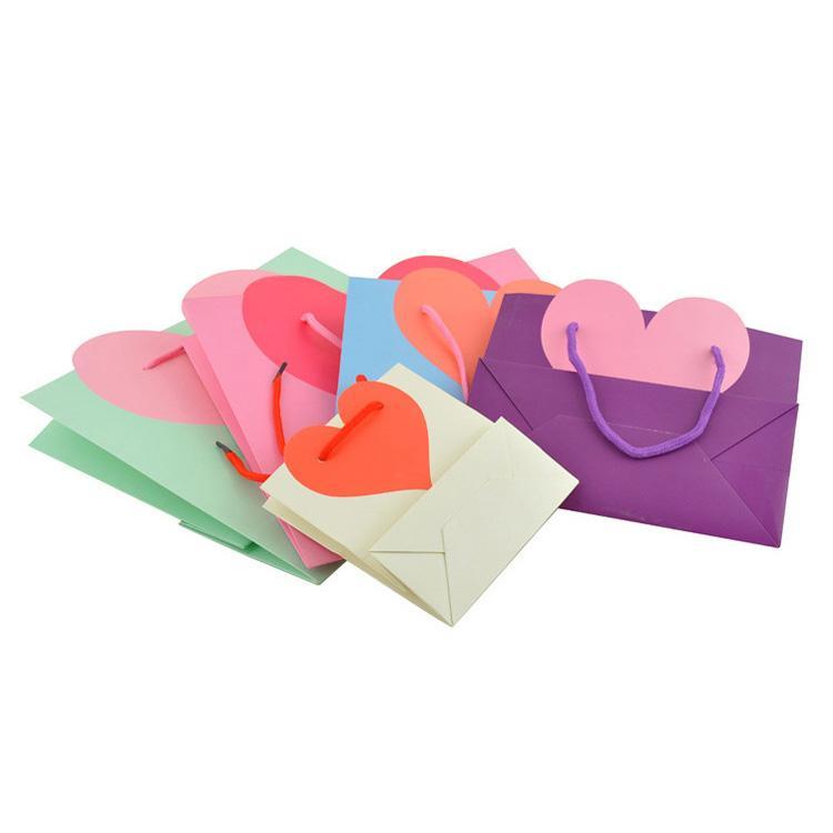 мешок рекламы бумаги призрения конструкции сердца влюбленности с вашим напечатанным лозунгом рециркулировал изготовленные на заказ мешки tote подарка Логоса