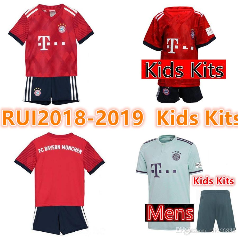 Camiseta De Fútbol Bayern Munich 2018 2019 Müller   25 RIBERY ROBBEN  LEWANDOWSKI Camisetas De Fútbol Uniformes De Fútbol Bayern Munich Kits Para  Niños Por ... c3d4ec481e091