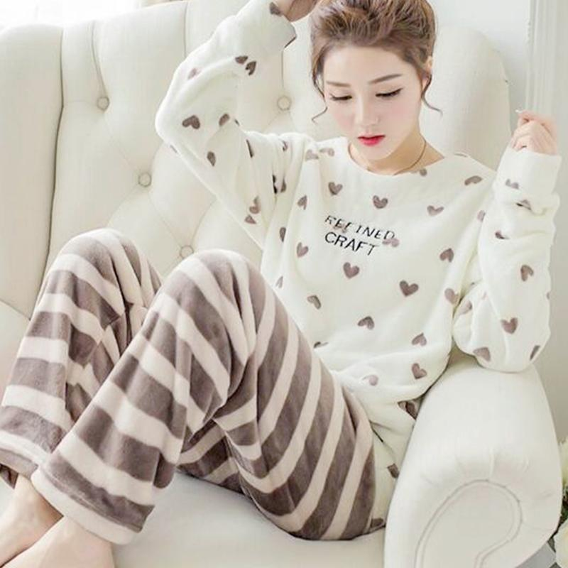 2019 2017 Winter Women Pajamas Set Woman Flannel Long Sleeved Sleepwear  Girls Warm Thick Coral Velvet Homewear Lady Christmas Clothes From Cute08 45c4f5ae5