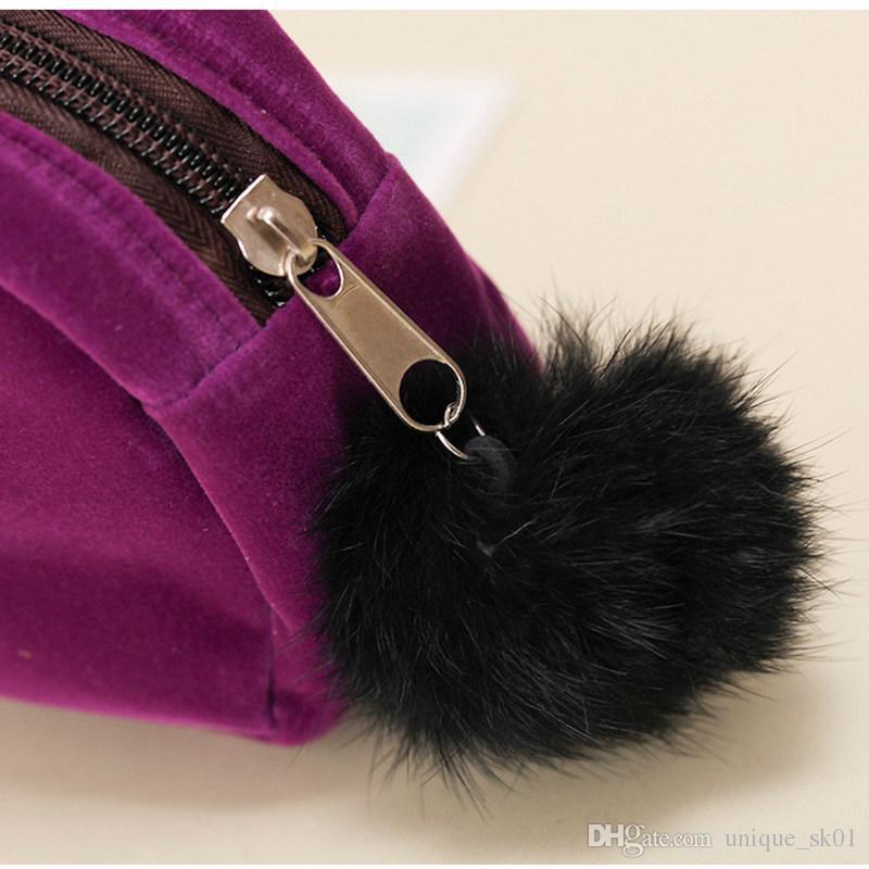 Cute Cat Comestic Bag Portable Cartoon Cat Coin Storage Case Travel Makeup Flannel Pouch Bag Ladies Handbag Solid Colors Zipper Case