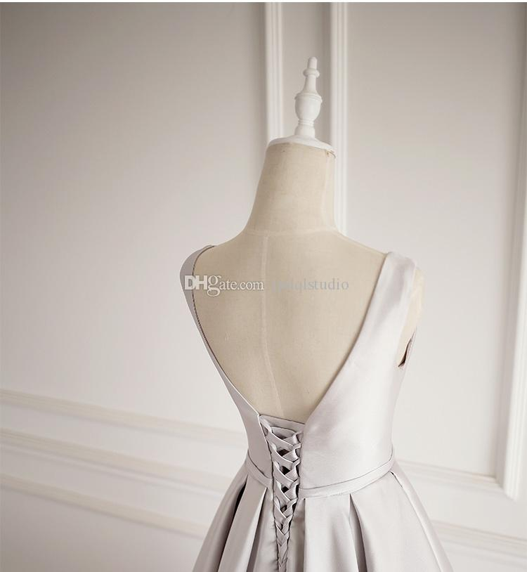 Robe de soirée gris argenté Longues robes de bal Élégant Satin Scoop Sheer avec des plis de perles Satin Longue robes de bal Custom Made Plus Size