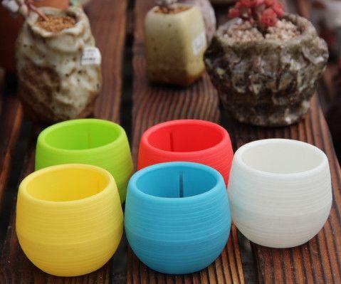 7*7cm Mini Flower Pots Multi Colors Round Plastic Planters Leak Water Hole Design Succulent Plants Garden Pot Hot Sale