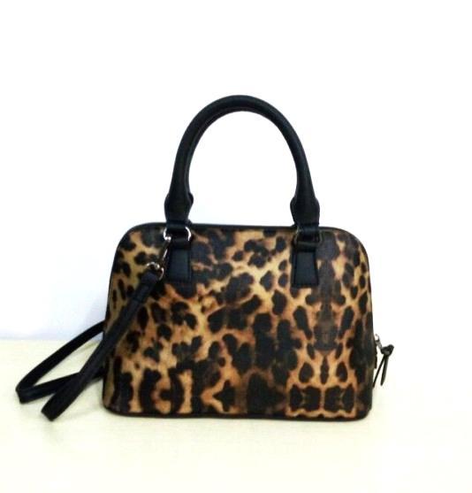 5960c36c000d Leopard Print Bag Shoulder CrossBody Bag Female Messenger Handbag Small  Shell Shape Luxury Handbags Women Bags Lady Mini Ladies Bags Leather Purses  From ...