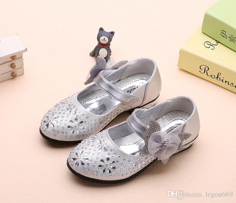 Moda scintillante bambini Scarpe da sposa ragazze 2018 Scarpe principesse ragazze Arco coreano caldo Scarpe col tacco alto GA199