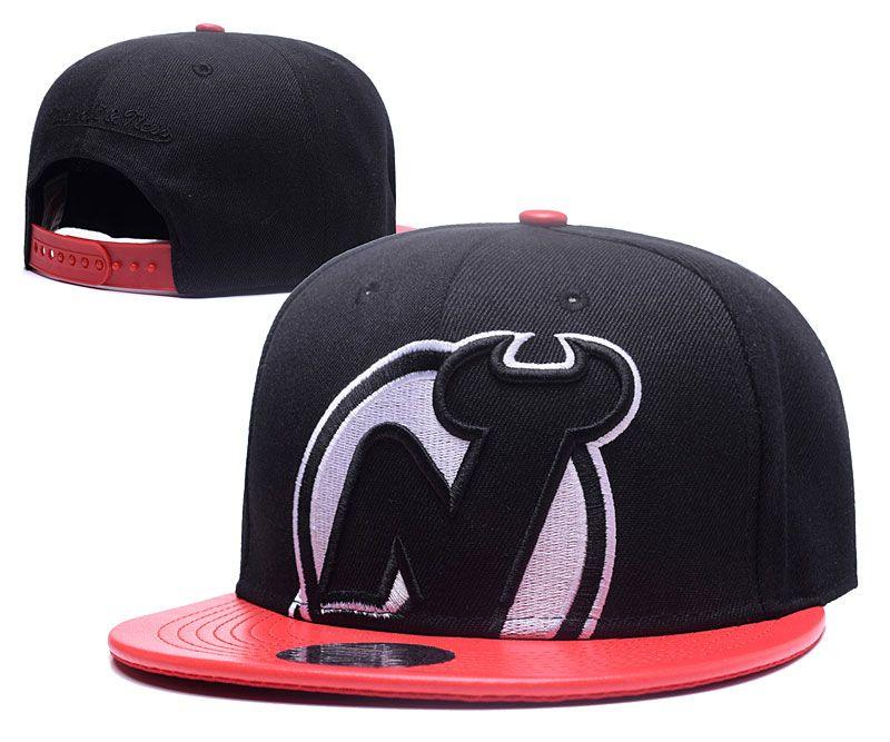 Men's New J Snapback Hat Logo Embroidery Sport NHL Adjustable Hockey Caps Flat Baseball Hats In Black Color Red Leather Brim