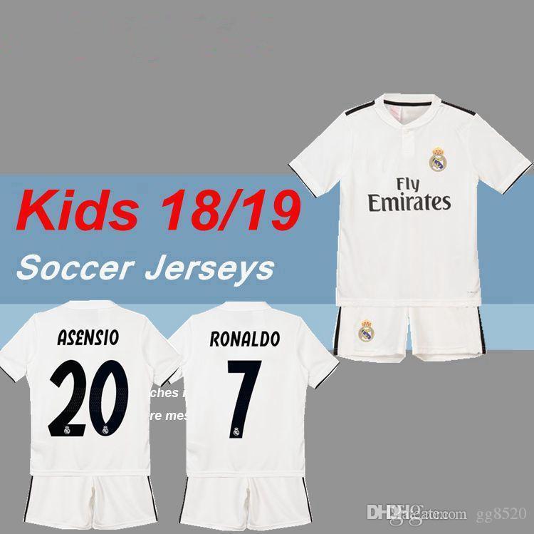 9cae43e6dc47a Compre Kids Kit 2018 2019 Real Madrid Casa Blanco Soccer Jersey 18 19  Juvenil Camiseta De Fútbol Modric KROOS RONALDO ISCO ASENSIO BALE Uniforme  De Fútbol A ...