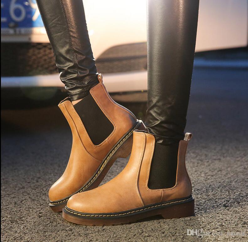 Moda Spirng Verão 3 Cores Nova Marca de Couro PU Mulheres ankle Martin botas curtas de motocicleta sapatos de Slip-on Plus Size 35-43 nx2a30