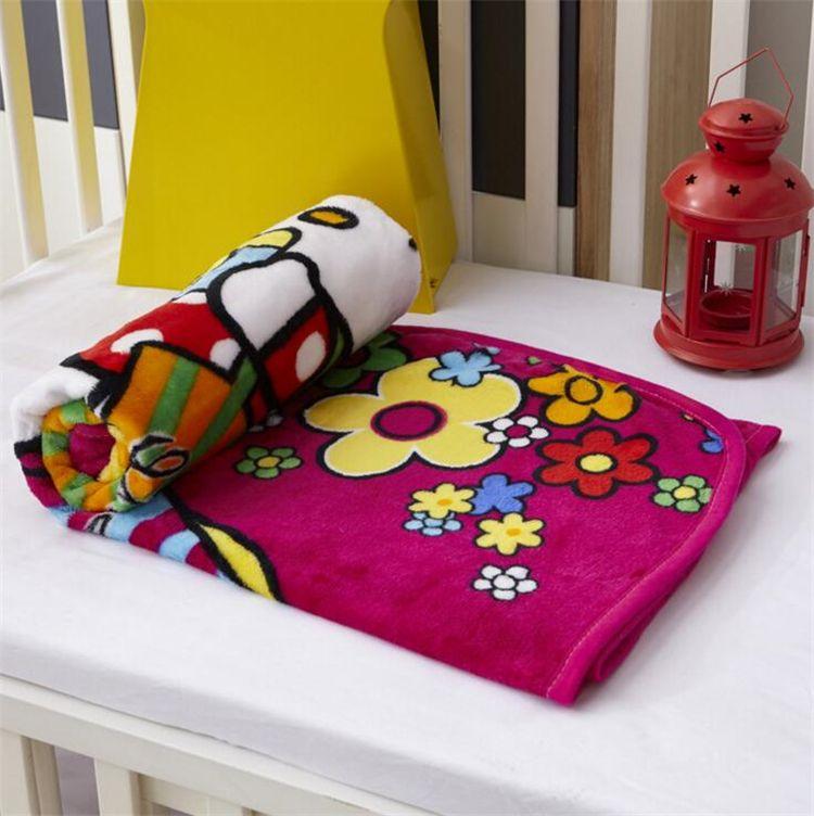 Yeni Çocuk Battaniye Fanila ördek / cat / Köpek stilleri Sıcak karikatür Battaniyeler Smooth Fanila Battaniye Bebek Yatak takımlar Kundak Battaniye 1 * 1.4m I110